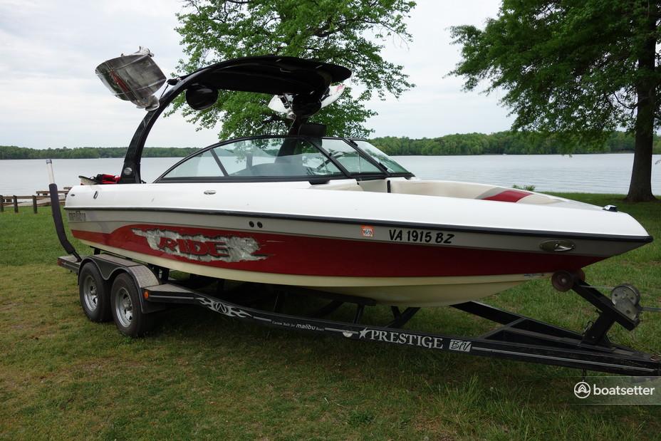 Rent a Malibu Boats ski and_wakeboard in Bumpass, VA near me