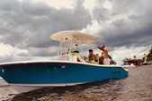 23 ft. NauticStar Boats 2500XS Offshore Center Console Boat Rental Miami Image 2