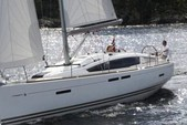 41 ft. Jeanneau Sailboats 419 Classic Boat Rental Tampa Image 9
