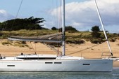 41 ft. Jeanneau Sailboats 419 Classic Boat Rental Tampa Image 10