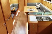 41 ft. Jeanneau Sailboats 419 Classic Boat Rental Tampa Image 6