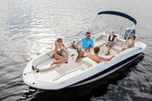 19 ft. Stingray Boats 182SC w/F90 Yamaha Deck Boat Boat Rental Charleston Image 1