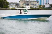 38 ft. Boston Whaler 370 Outrage w/3-300L6 Verado Joystick Center Console Boat Rental Miami Image 2