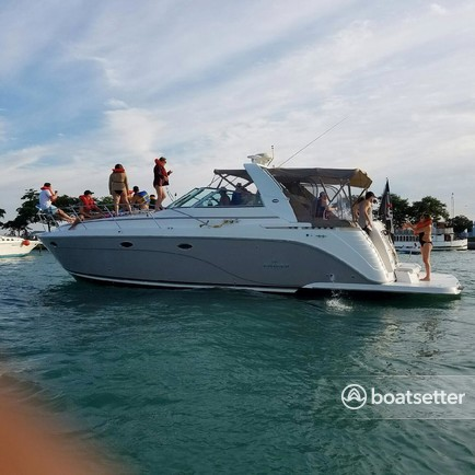 Best Chicago Boat Rentals and Yacht Rentals - Boatsetter