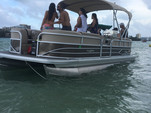 22 ft. Sun Tracker by Tracker Marine Party Barge 22 XP3 w/150ELPT 4-S Pontoon Boat Rental Miami Image 1