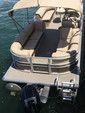 22 ft. Sun Tracker by Tracker Marine Party Barge 22 XP3 w/150ELPT 4-S Pontoon Boat Rental Miami Image 8