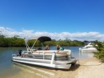 21 ft. Sun Tracker 21 Party Barge Pontoon Boat Rental Miami Image 2