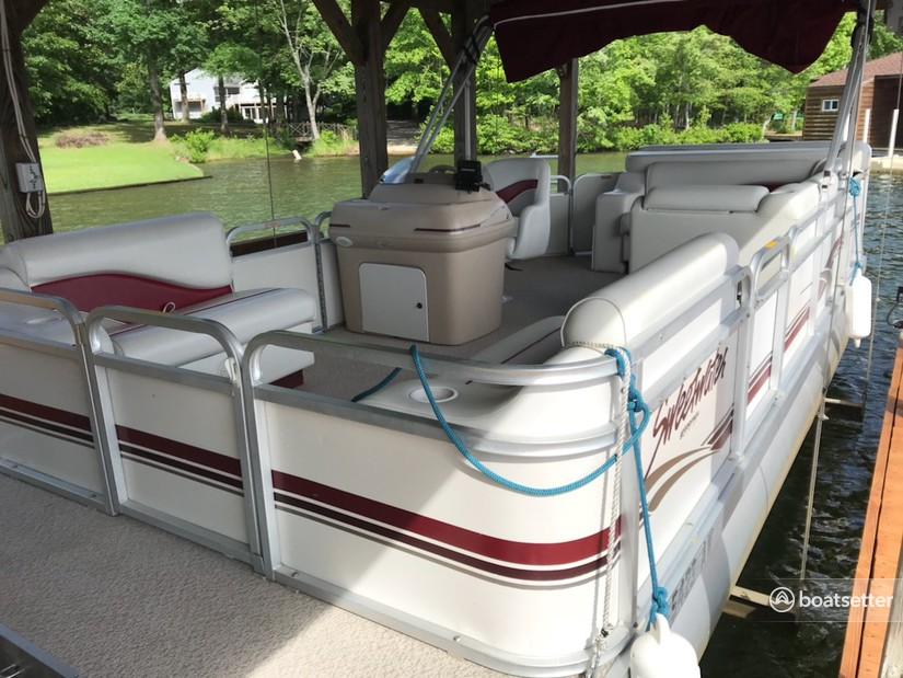 "Rent a Godfrey Marine ""Sweetwater"" pontoon in Bumpass, VA near me"