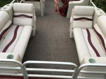 25 ft. Riviera Cruiser FDL-2422 LTD Pontoon Boat Rental Charlotte Image 4