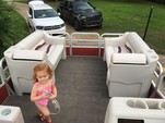 25 ft. Riviera Cruiser FDL-2422 LTD Pontoon Boat Rental Charlotte Image 5