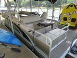 24 ft. Bennington Marine 24SSLDX EPP Tri-Toon Pontoon Boat Rental Charlotte Image 2