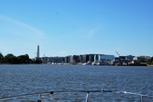 35 ft. Sea Ray Boats 320 Sundancer Cruiser Boat Rental Washington DC Image 20