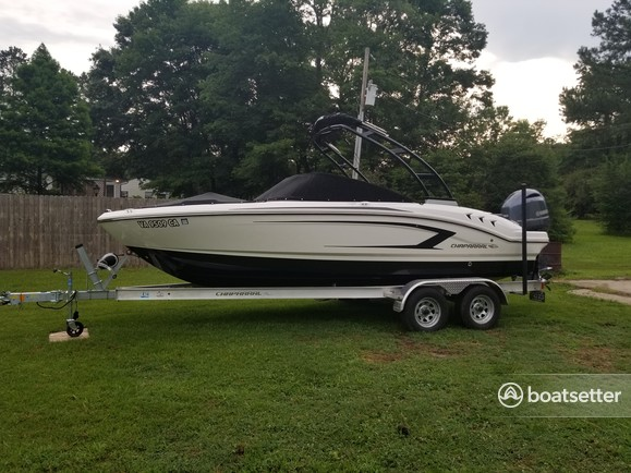 Rent a Chaparral Boats bow rider in Zuni, VA near me