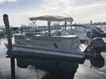 24 ft. SunChaser by Smoker Craft DS24 Cruise Pontoon Boat Rental West Palm Beach  Image 5