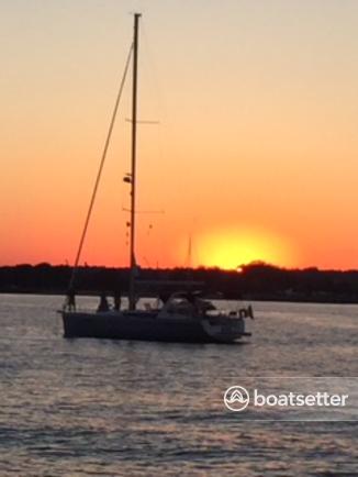 Rent a Beneteau USA sloop in Bridgeport, CT near me