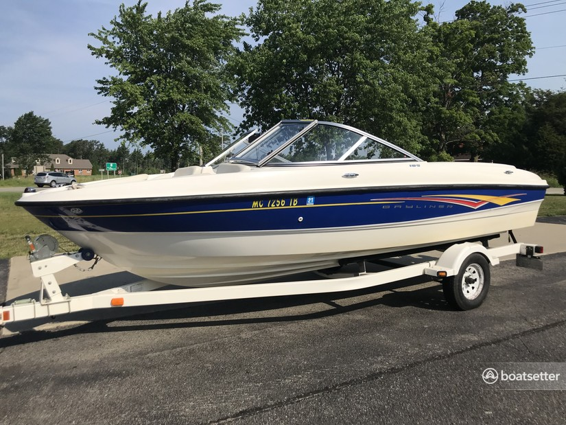 Rent a Bayliner ski and_wakeboard in South Haven, MI near me