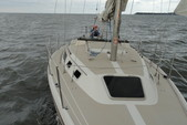 30 ft. Catalina 30 Fin Sloop Boat Rental Washington DC Image 5