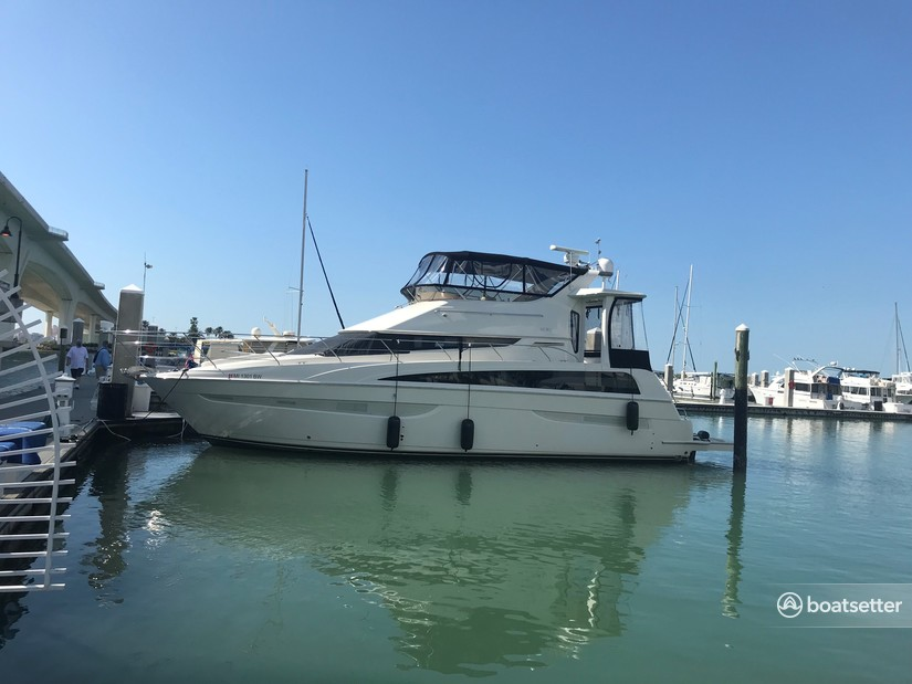 Rent a Carver Yachts cruiser in Old Saybrook, CT near me