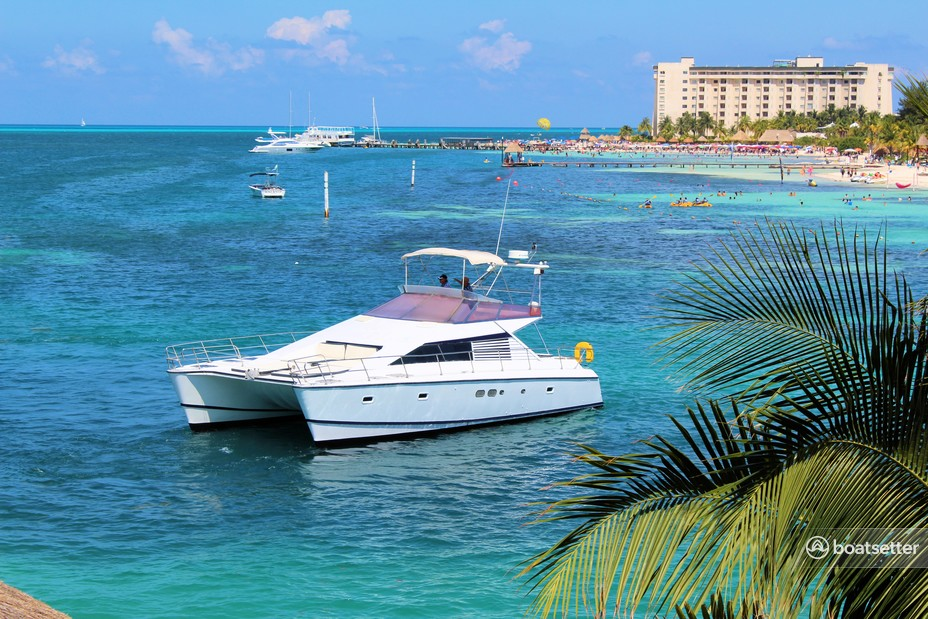 Rent a Jeantot catamaran in Cancún, Q.R. near me
