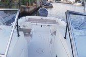 23 ft. Sea Hunt Boats Escape 234 LE Dual Console Boat Rental New York Image 8