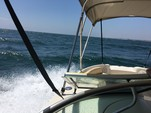 24 ft. Sea Ray Boats 240 Sundeck Bow Rider Boat Rental Los Angeles Image 12