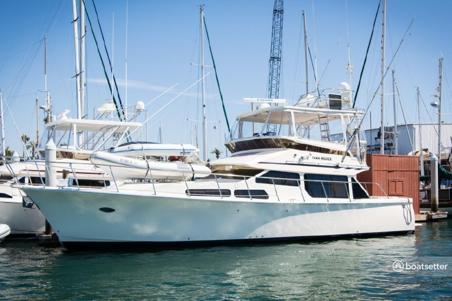 Rent a Mikelson Yachts flybridge in San Diego, CA near me
