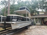 25 ft. Avalon Pontoons 24' Windjammer Funship Pontoon Boat Rental Tampa Image 1