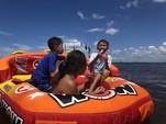23 ft. Sun Chaser 2300 Pontoon Boat Rental Tampa Image 6