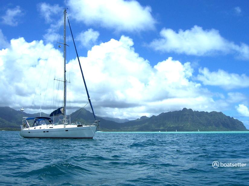 Rent a Beneteau USA sloop in Honolulu, HI near me