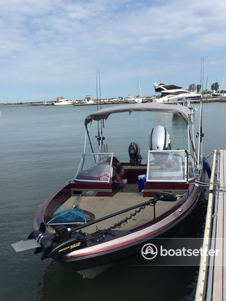 Rent a Ranger Boats (AR) performance fishing in Lorain, OH near me