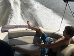 21 ft. Sea Ray Boats 200 Sundeck  Deck Boat Boat Rental Washington DC Image 2