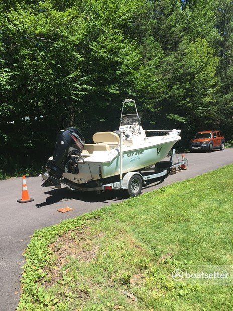Rent a Key West Boats center console in Blakeslee, PA near me
