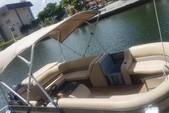 20 ft. Crest Pontoons 190 Crest II Pontoon Boat Rental Miami Image 2