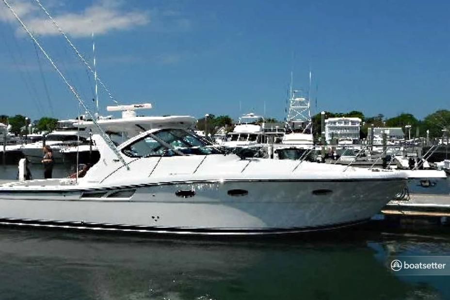 Rent a Tiara Yachts motor yacht in Bronx, NY near me