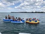 28 ft. Sea Ray Boats 270 Sundancer Cruiser Boat Rental Chicago Image 5