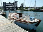 28 ft. Shannon Boat Co Shannon 28 Cruiser Boat Rental Chicago Image 1
