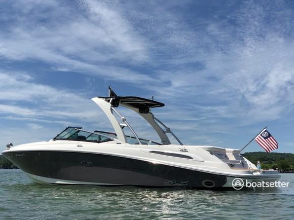 Rent a Sea Ray Boats bow rider in Canandaigua, NY near me