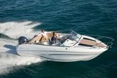 22 ft. Jeanneau Sailboats CAP CAMARAT 6.5 Bow Rider Boat Rental Hạ Long Image 2