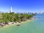 44 ft. Azimut Atlantis 43 Cruiser Boat Rental Miami Image 15