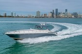 54 ft. Sea Ray Boats 550 Sundancer Cruiser Boat Rental Miami Image 9