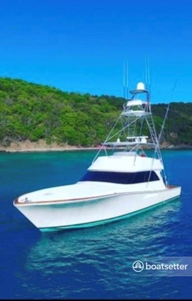Rent a Viking Yacht motor yacht in Fajardo, Fajardo near me