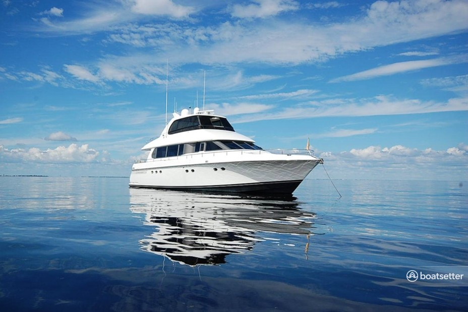 Rent a Lazzara Marine motor yacht in Fort Myers, FL near me