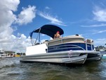 20 ft. Sun Tracker by Tracker Marine Party Barge 20 DLX w/90ELPT 4-S Pontoon Boat Rental Miami Image 27