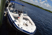 25 ft. Chaparral Boats 250 Suncoast Bow Rider Boat Rental Fort Myers Image 8