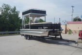 25 ft. Avalon Pontoons 24' Windjammer Funship Pontoon Boat Rental Tampa Image 4