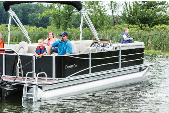 Canyon Lake, TX Boat Rentals and Boat Charters - Boatsetter