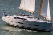 38 ft. Dufour Yachts Dufour 385 Cruiser Boat Rental Horta Image 5
