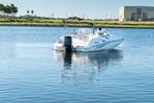 23 ft. Hurricane Boats SD 237 DC Deck Boat Boat Rental Tampa Image 4
