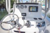 22 ft. NauticStar Boats 2200XS Offshore w/F200XB Center Console Boat Rental Miami Image 5
