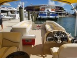 24 ft. Other 2486 Pontoon Boat Pontoon Boat Rental Miami Image 5